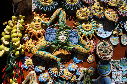 Local-souvenirs-Erice