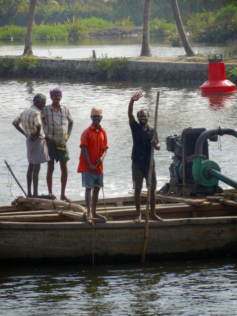 "<img src=""1c136-dsc02032.jpg"" alt=""Local fishermen Kochi India"" />"