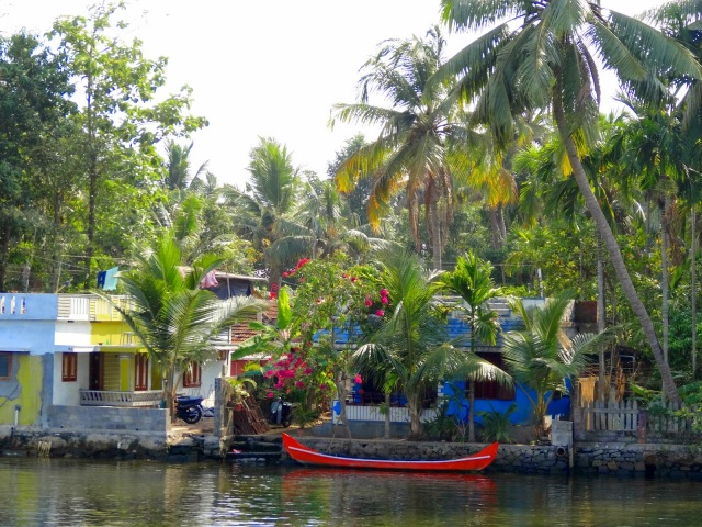 "<img src=""bc716-dsc02042.jpg"" alt=""House along Kerala Back waters Kochi India"" />"