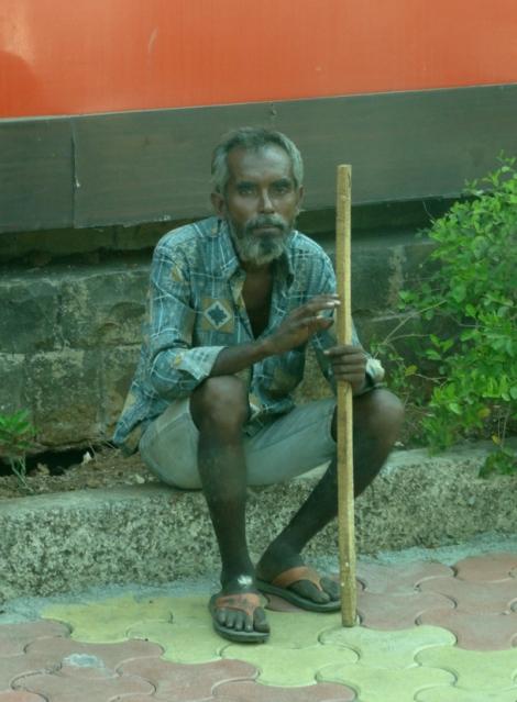 "<img src=""dsc02089_web.jpg"" alt=""Local Man Mumbai India"" />"