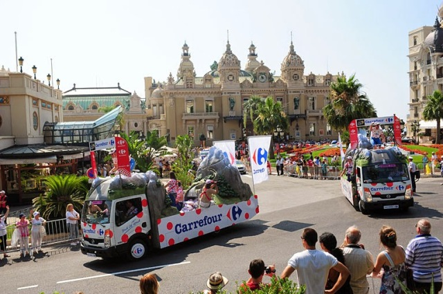 "<img src=""f7ffc-carrefour-mc.jpg"" alt=""Tour de France Parade Monte Carlo Carrefour Float"" />"