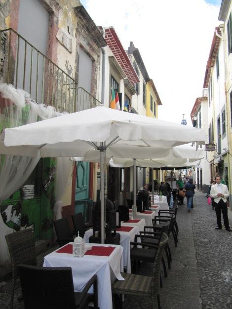 "<img src=""img_3659.jpg"" alt=""Rua de Santa Maria Funchal"" />"