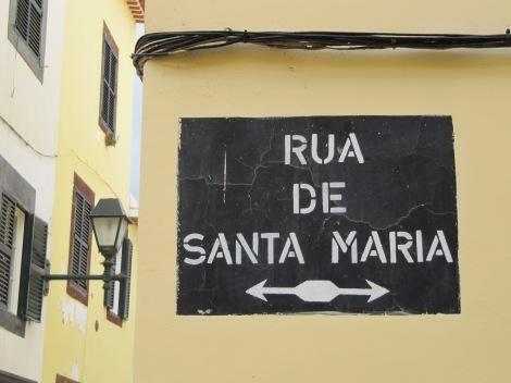 "<img src=""img_3666.jpg"" alt=""Rua De Santa Maria Funchal"" />"