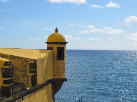 "<img src=""img_3703_web.jpg"" alt=""Fortress Funchal Madeira"" />"