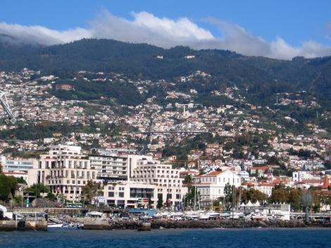 "<img src=""madeira-funchal-portugal.jpg"" alt=""Funchal Madeira Portugal"" />"