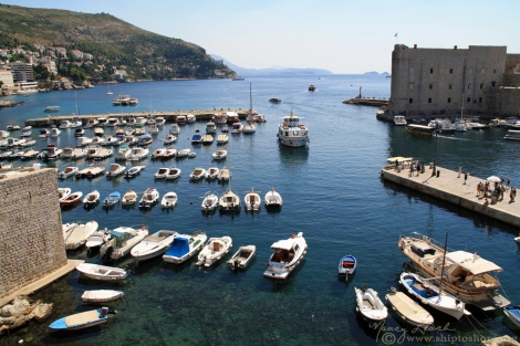 "<img src=""img_1164_web.jpg"" alt=""Old Harbor Dubrovnik Croatia"">"