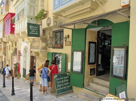 """<img src=""""img_1855_web.jpg"""" alt=""""Shopping Valletta Malta"""">"""