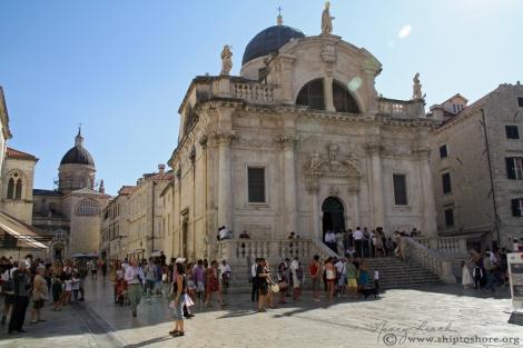 "<img src=""img_3891_web.jpg"" alt=""Stradun and St. Blaise Church Dubrovnik"" />"