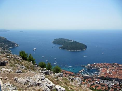 "<img src=""img_4945_web.jpg"" alt=""Mount Srd Croatia"" />"