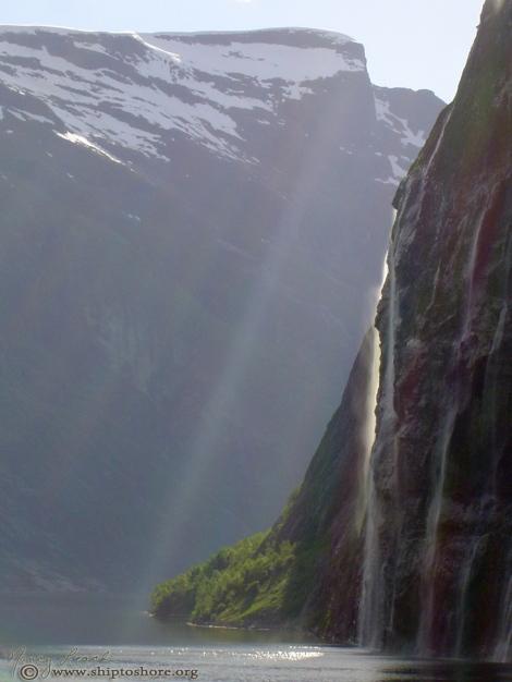 """<img src=""""arose-misc-006.jpg"""" alt=""""Geiranger Fjord"""" />"""