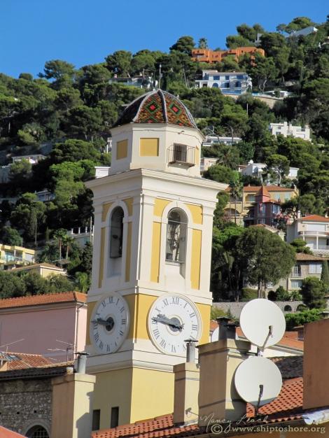 "<img src=""steeple_villefranche_sur_mer.jpg"" alt=""Eglise Saint-Michel Villefranche"" />"